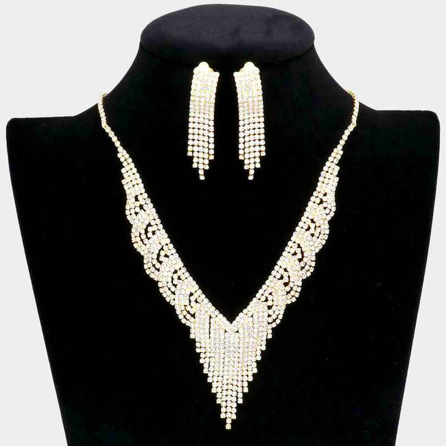 Item - Gold/Clear Rhinestone Fringe Clip On Earring Set Gold/Clear Necklace