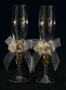 Victorian Bride And Groom Champagne Glass Set