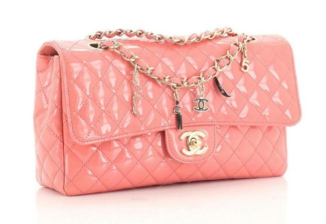 Item - Classic Flap Cc Charms Quilted Medium Salmon Patent Leather Shoulder Bag