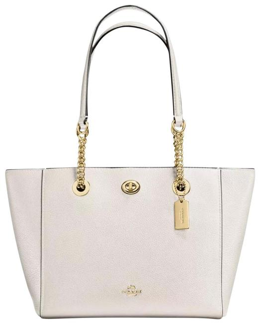 Item - 57107 Pebbled Turnlock Chain Chalk Leather Tote