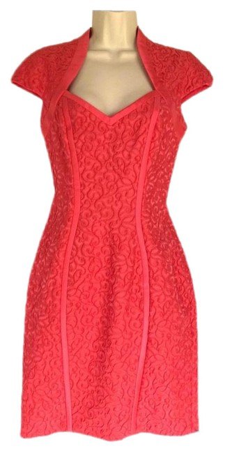 Item - Coral Jacquard Small Mid-length Cocktail Dress Size 4 (S)