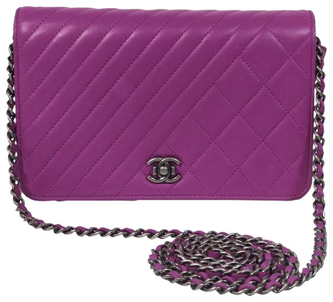 Item - Classic Flap Asymetrical Quitled Timeless Purple Lambskin Leather Cross Body Bag