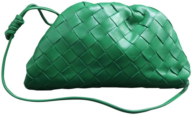 Item - The Pouch 20 Intrecciato Green Calfskin Leather Clutch