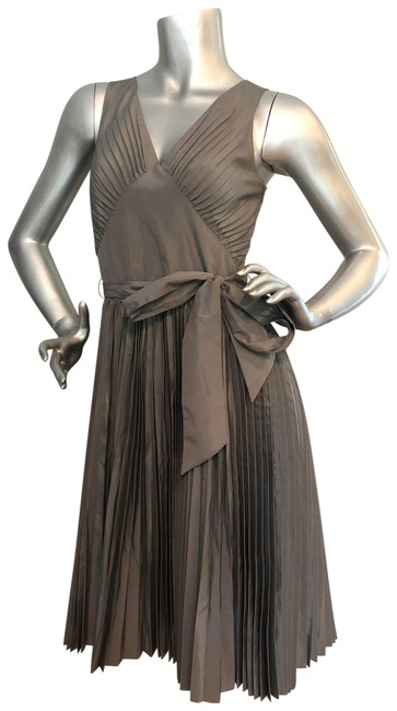 Item - Metallic Gray Pleated Skirt Mid-length Night Out Dress Size 2 (XS)