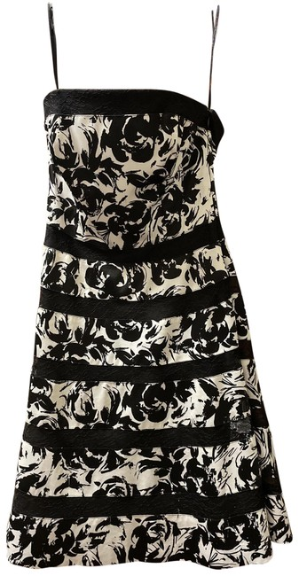 Item - and Strapless Mid-length Cocktail Dress Size 00 (XXS)
