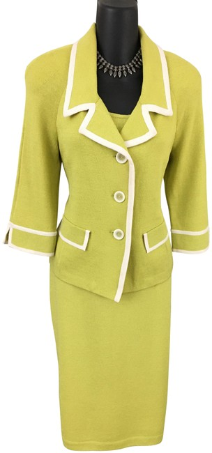 Item - Chartreuse Knit White Jacket Suit Mid-length Formal Dress Size 6 (S)