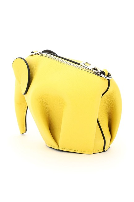 Loewe Elephant Pouch with Chain Yellow Leather Clutch Loewe Elephant Pouch with Chain Yellow Leather Clutch Image 5