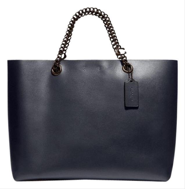 Item - Central Signature Chain Navy Leather Tote