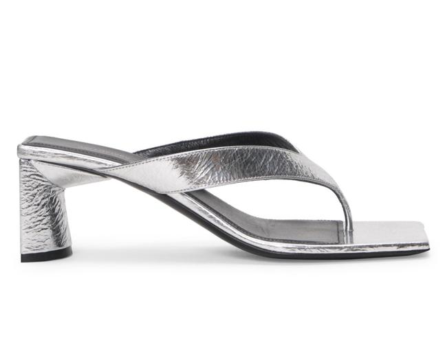 Item - Silver Double Square Metallic Leather Sandals Size EU 35.5 (Approx. US 5.5) Regular (M, B)