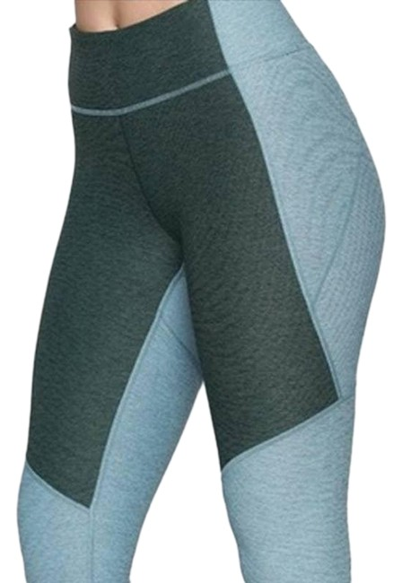 Item - Blue 7/8 Two Tone Small Green Colorblock Activewear Bottoms Size 4 (S, 27)