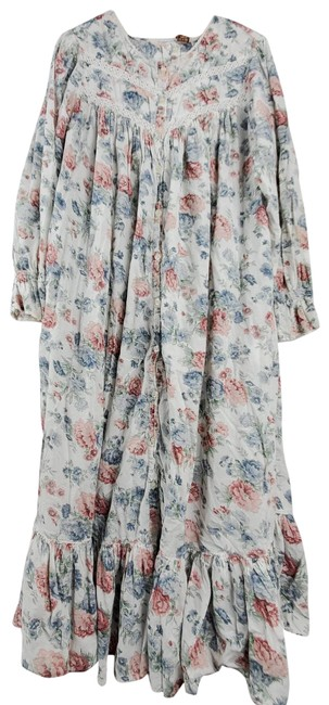 Item - White Today Tonight Cottagecore Floral Tiered Maxi Dress/Nightgown Short Casual Dress Size 8 (M)