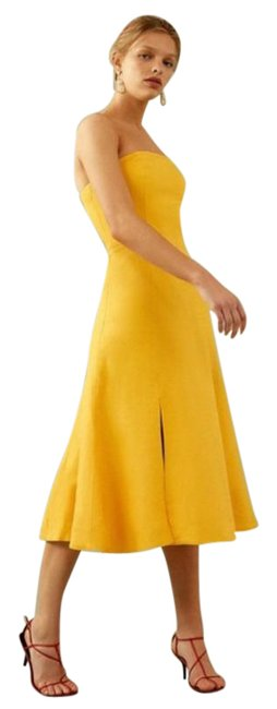 Item - Gold Yellow Crescent Midi In Mid-length Cocktail Dress Size 0 (XS)