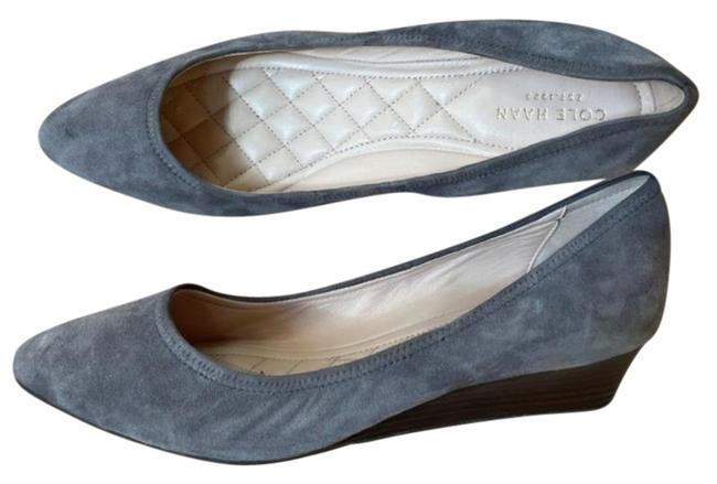 Item - Gray Silver Grand Os Suede Point Toe Pump Wedges Size US 8 Regular (M, B)