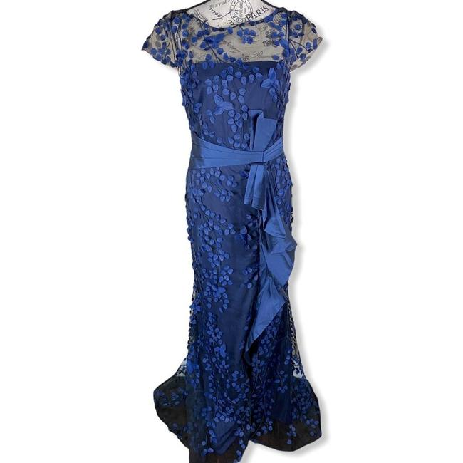 Item - Navy 3d Ruffle Novelty Lace Taffeta Overlay Gown- Formal Dress Size 6 (S)