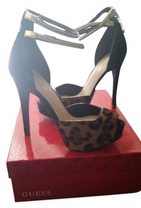 Guess Black animal print Pumps