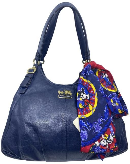 Item - Tote W Large Bag/ Tote W/ Detachable Specialty Navy Leather Shoulder Bag