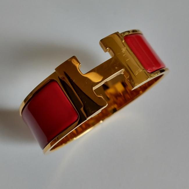 Item - Red and Gold Clic Clac Wide Pm Bracelet