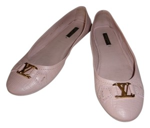 Louis Vuitton LIGHT PINK Flats