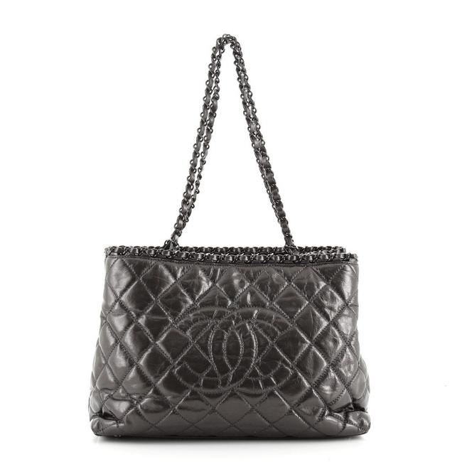 Item - Chain Me Quilted Calfskin Medium Gray Metallic Leather Tote