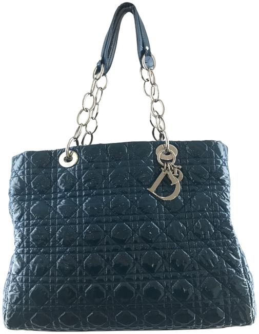 Item - Shopping Cannage R Soft Blue Patent Leather Tote