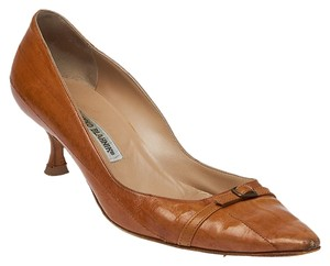 Manolo Blahnik Leather Heels Brown Pumps