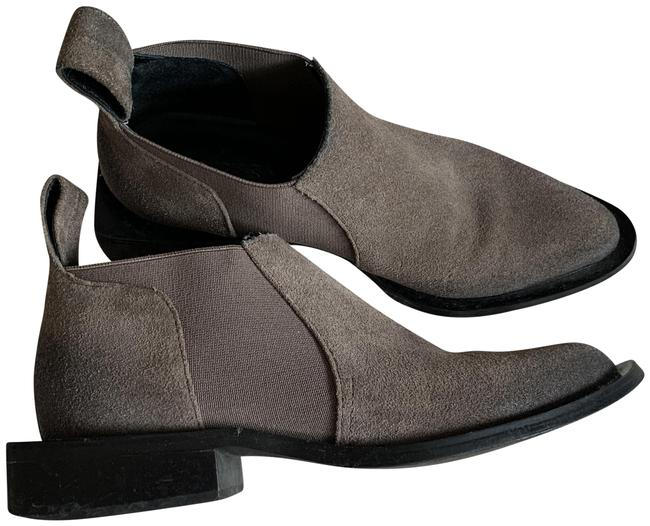 Item - Gray Chelsea Quatro Suede Pointed Toe Ankle Boots/Booties Size EU 35 (Approx. US 5) Regular (M, B)