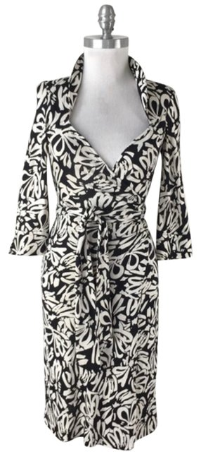 Item - Black and White Dvf Wrap Mid-length Short Casual Dress Size 4 (S)