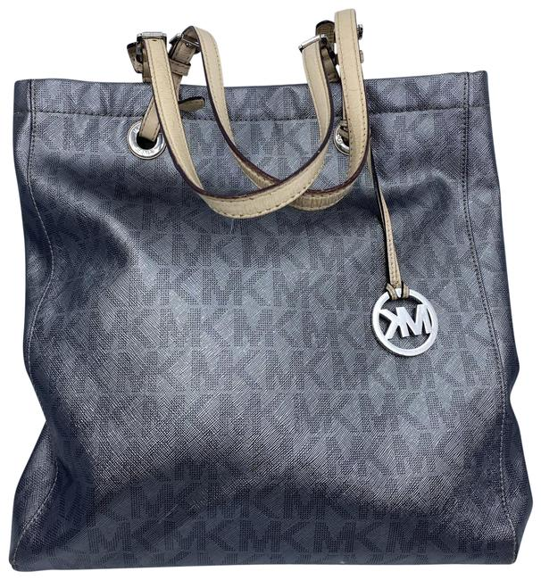 Item - Bag All Over Logo Grey Silver Leather Tote