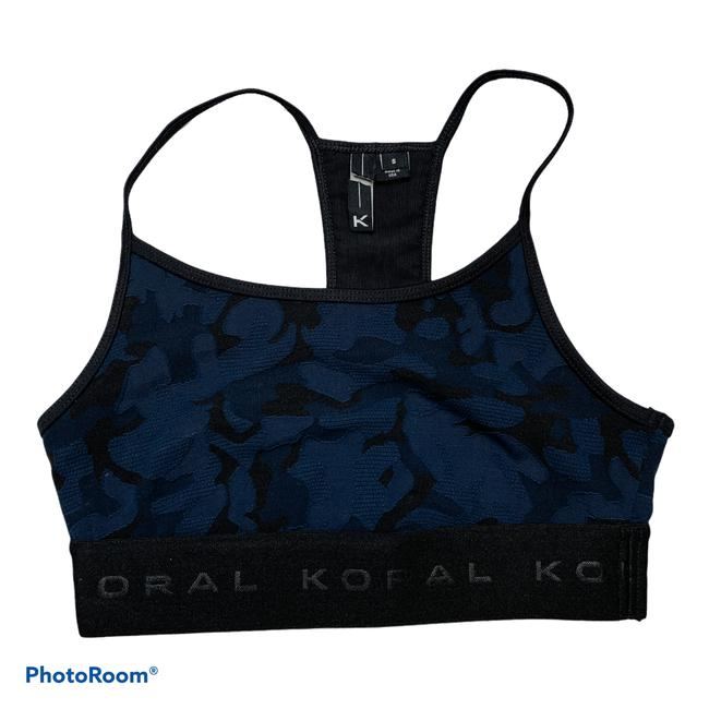 Item - Blue and Black Sweeper Versatility Camo Activewear Sports Bra Size 4 (S, 27)
