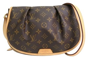 Louis Vuitton Cute Leather Mono Great Adjustable Purse Cross Body Bag