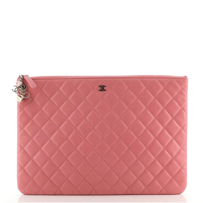 Item - Cc Casino O Case Quilted Lambskin Large Pink Leather Clutch