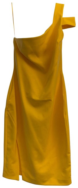 Item - Yellow Packard One-shoulder Sheath Mid-length Cocktail Dress Size 12 (L)