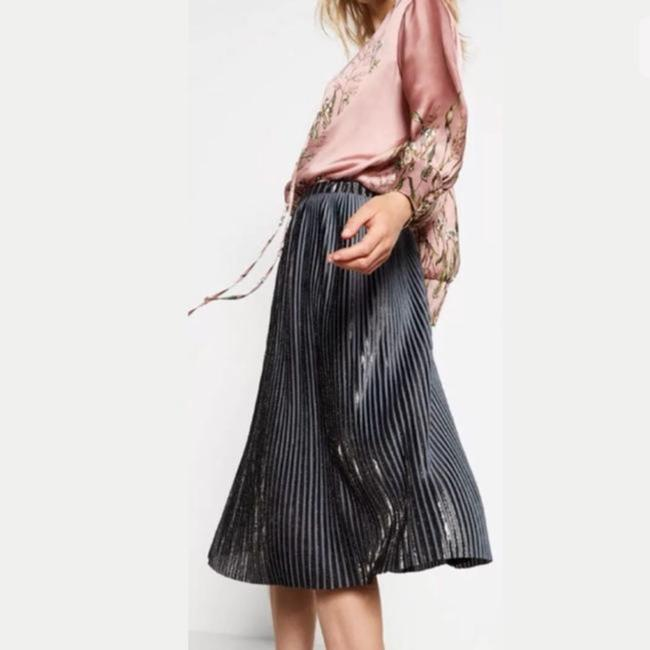 Item - Silver Pleated Mauve Skirt Size 8 (M, 29, 30)