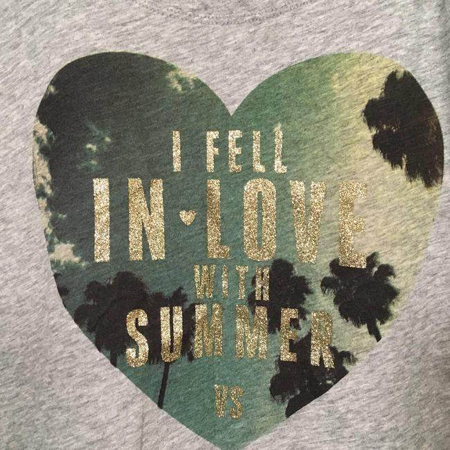 Item - Gray I Fell In Love with Summer Glitter Tee Shirt Size 8 (M)