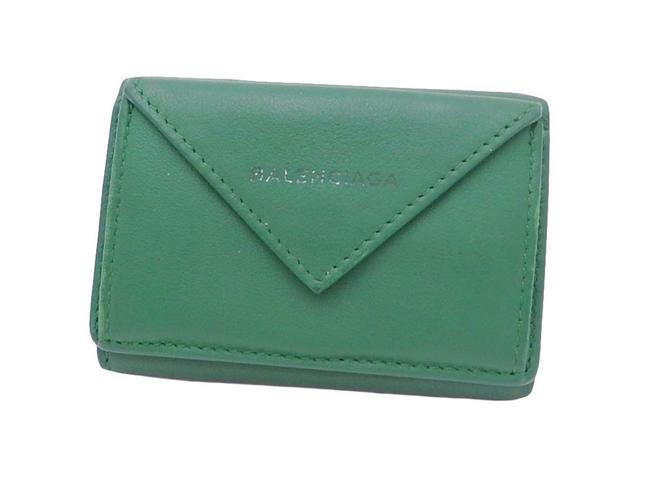 Item - Green Tri-fold Logo Leather Compact Wallet