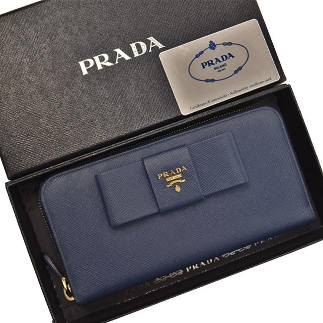 Item - Gold / Navy Long Leather Round Zipper Ladies Wallet
