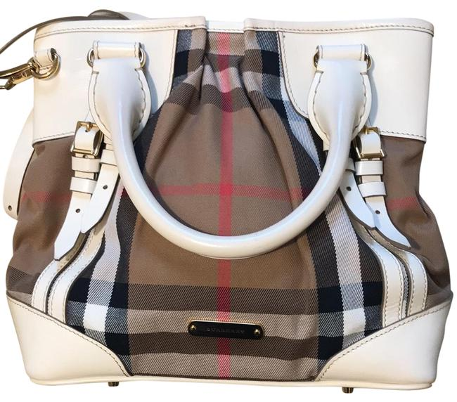 Item - White Leather and Classic Checkered Baguette