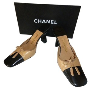 Chanel TAN & BLACK TOE CAP Mules