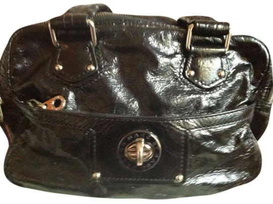 Preload https://img-static.tradesy.com/item/292277/marc-by-marc-jacobs-black-patent-leather-satchel-0-0-540-540.jpg