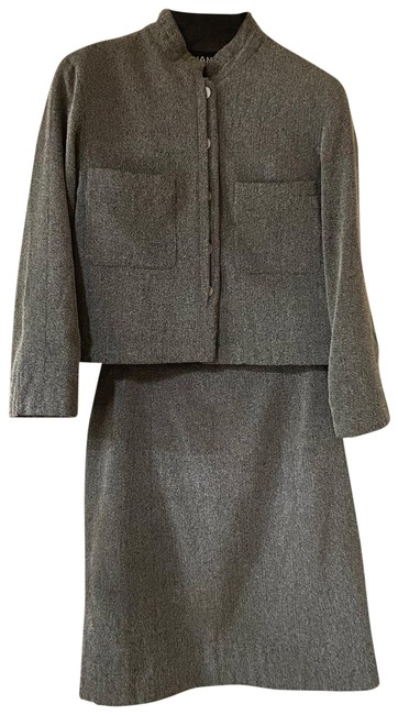 Item - Gray Black and Cream Woven (Jacket And Skirt Suit Size 6 (S)