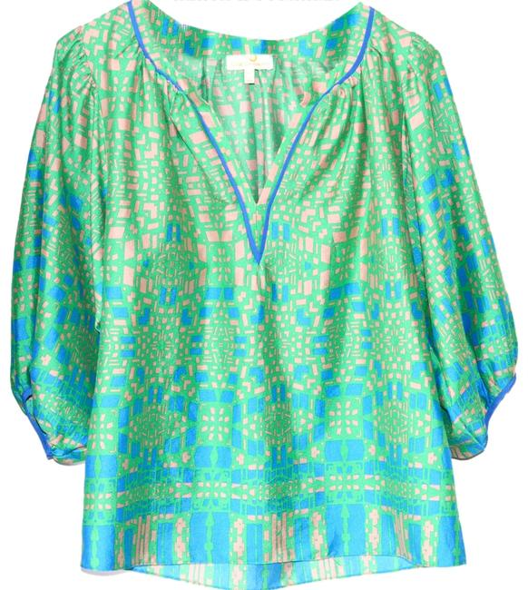 Preload https://img-static.tradesy.com/item/2923504/collective-concepts-blue-and-green-print-blouse-size-2-xs-0-0-650-650.jpg