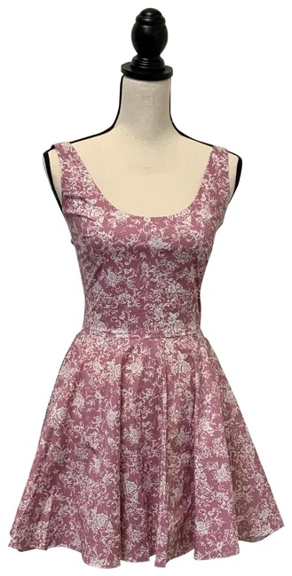 Item - Mauve White Print Kylie Printed Night Out Dress Size 2 (XS)