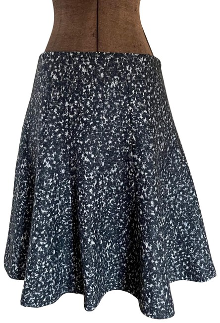 Item - Grey Wool Blend Flare Skirt Size 6 (S, 28)