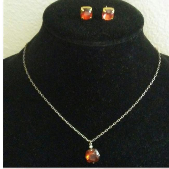 Item - Salmon Colored 3-pc Earring Set Necklace