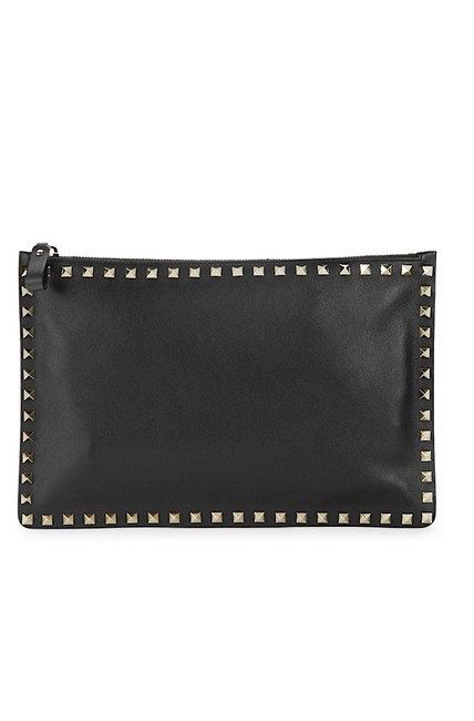Item - New Over-sized Rockstud Pouch Black Leather Clutch