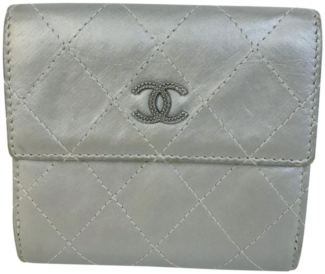 Item - Silver Quilted Compact French Flap Wallet