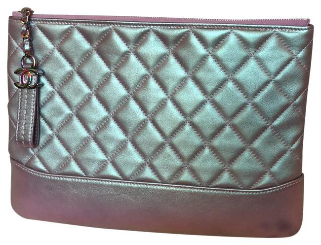 Item - Cosmetic Case Gabrielle Quilted Medium Light Iridescent Purple Lambskin Leather Clutch