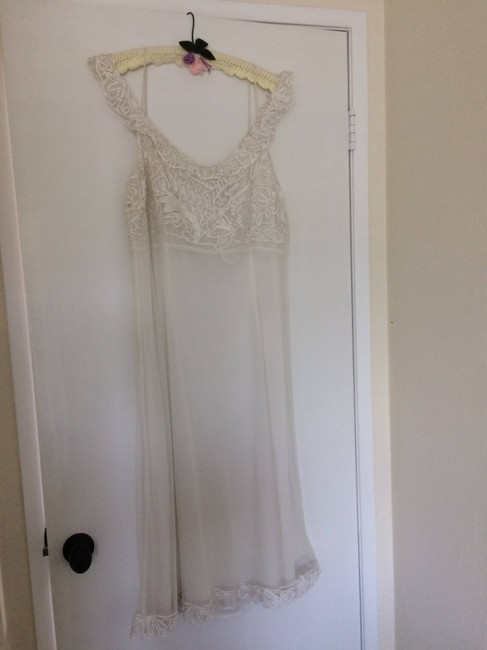 Item - White Barcelona By Mid-length Short Casual Dress Size 12 (L)
