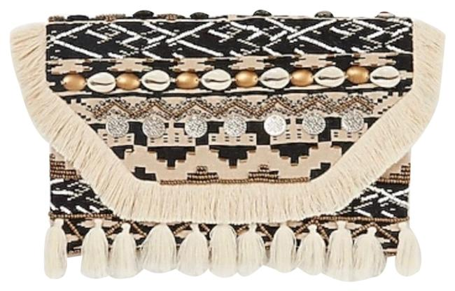 Item - Embellished Puka Shell Coin Cream Clutch