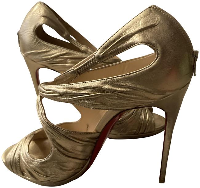 Item - Gold Goldie Pumps Size EU 39 (Approx. US 9) Narrow (Aa, N)